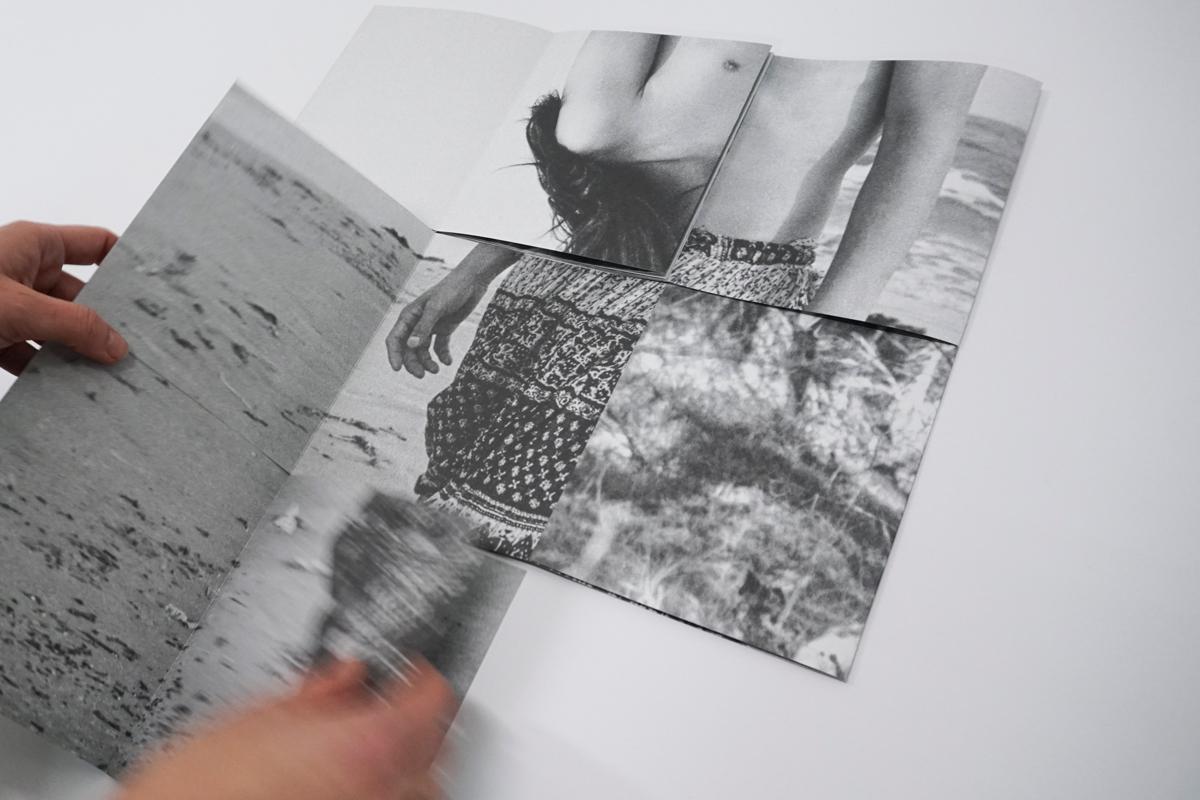 http://arinaessipowitsch.com/files/gimgs/1_essipowitsch-artist-book-fold-preview2.jpg